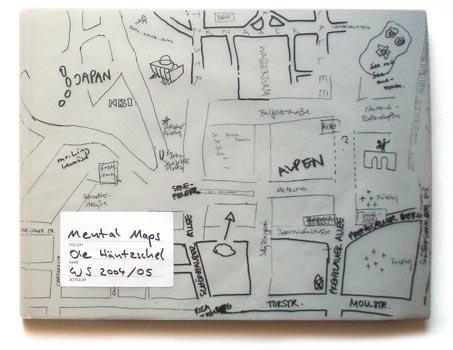 MENTAL MAPS: Der selbstständiger Grafik-Designer Ole Häntzschel hat sich auf illustrative Karten spezialisiert, welche komplizierte Sachverhalte oder komplexe Daten anschaulich und auf ästhetische Weise visualisieren.Wie relativ unsere Wahrnehmung von Raum ist, veranschaulicht seine Arbeit Mental Maps, welche die Vorstellungen eines bestimmten geografischen Raums von verschiedenenen Personen vergleicht.